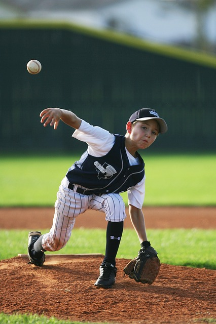 Youth Baseball Pitching Tips Kids Should Know Early in Career