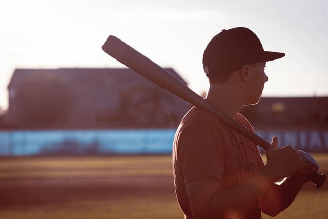 Baseball Throwing: Spin Control – 365 Days to Better Baseball